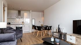 307 - High End 2 Bed City Apartment In Jewellery Quarter Birmingham